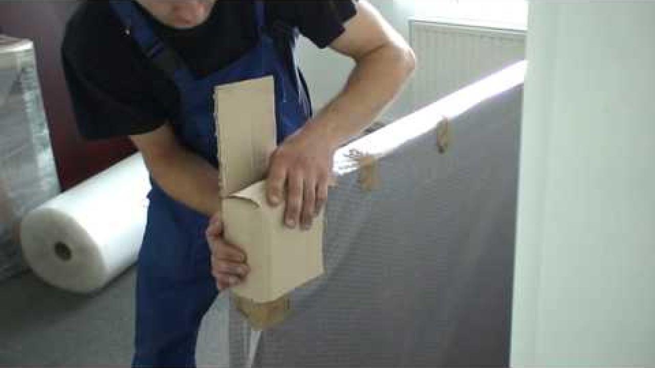 Как упаковывать углы стола при переезде